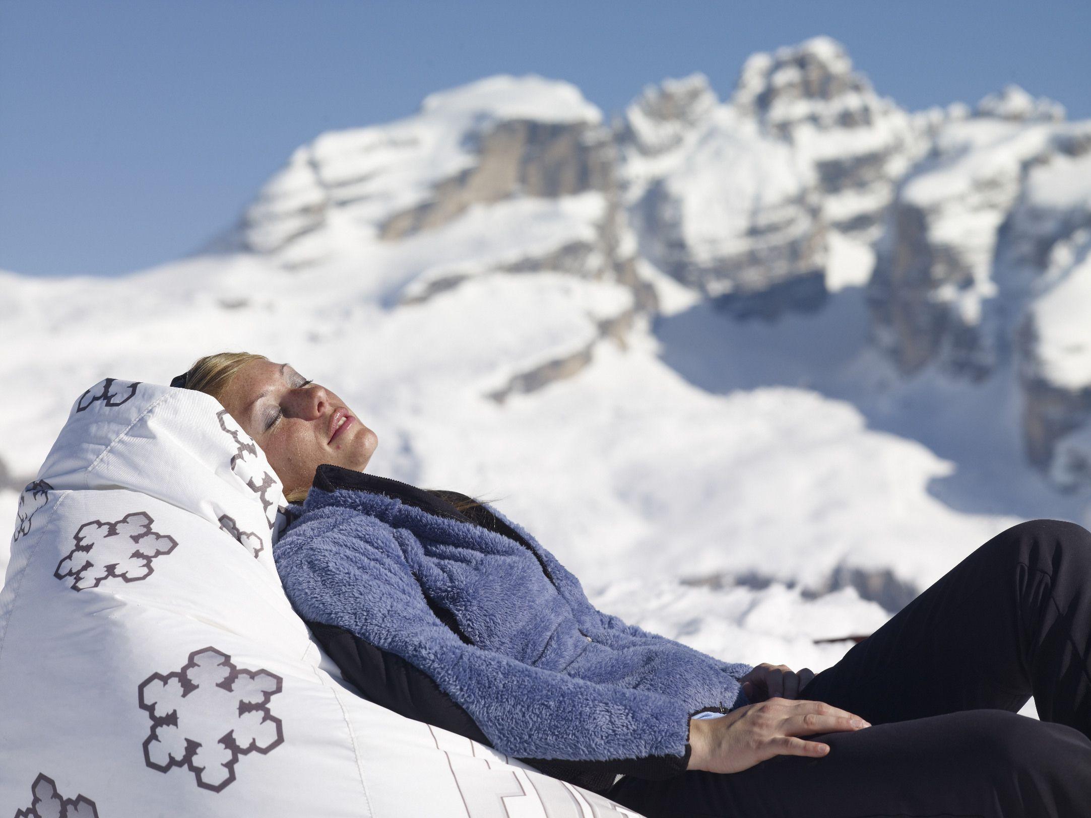 Relax on the snow in the Dolomites - Madonna di Campiglio www.campigliodolomiti.it