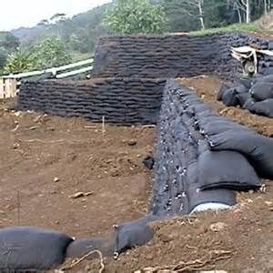 Concrete Arena Retaining Wall Size 640x480 Poured Concrete Arena Concrete Retaining Walls Landscaping On A Hill Retaining Wall