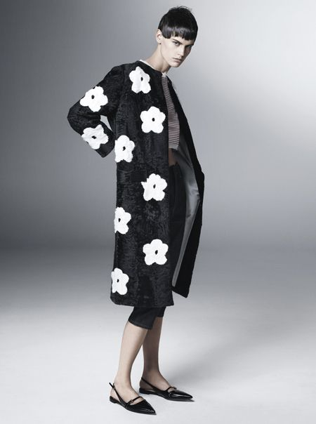 My daisy obsession just went to the next level, thanks to the Prada spring '13 ads