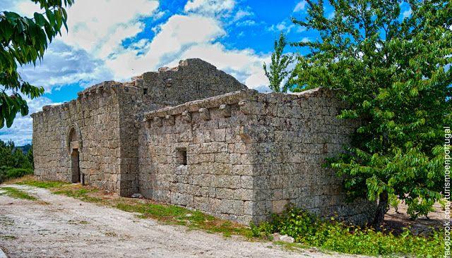 Turismo en Portugal: La Iglesia de Sao Joao Bautista en la villa medieval de Ansiaes