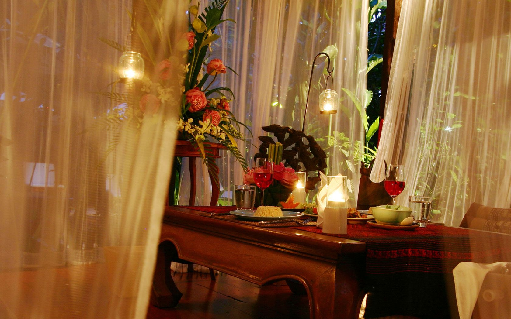 BEAUTIFUL CANDLE LIT DINNERS | Wild Orchid Restaurant Room Service Candle Light Dinner Villa Dining