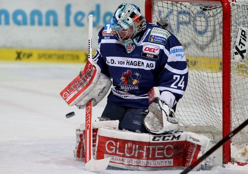 Deutsche Eishockey Liga Iserlohn Roosters Jersey Google Search Eishockey Hockey Eis