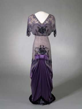 Purple silk velvet and satin evening dress with lace and tulle overlay and beaded embroidery, c. 1910-13.