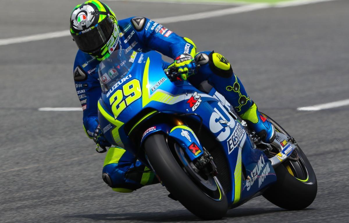 Iannone I M Faster Than Maverick On The Suzuki Suzuki Valentino Rossi Andrea Iannone