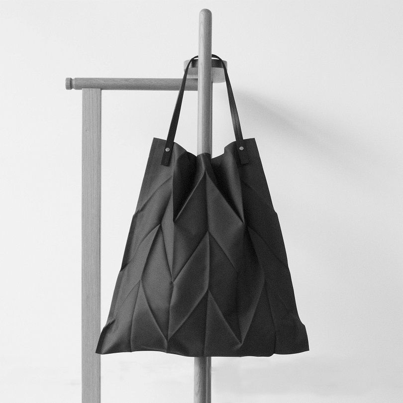39b765d16c Iittala X Issey Miyake is a collaboration between the Finnish design house  Iittala and the Japanese designer Issey Miyake. This tote bag is inspired  by ...