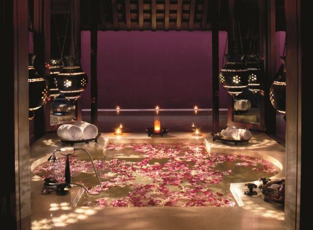 wellness ambiente romantisches badezimmer zu zweit. Black Bedroom Furniture Sets. Home Design Ideas