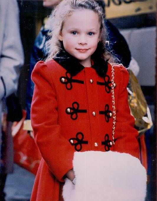 All I Want For Christmas Thora Birch Thora Birch Actresses Fashion