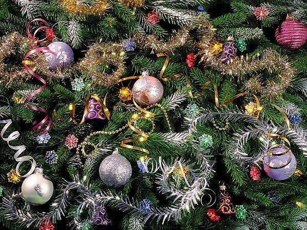 Christmas Tree Ornaments Adding Charm to Your Home Christmas tree
