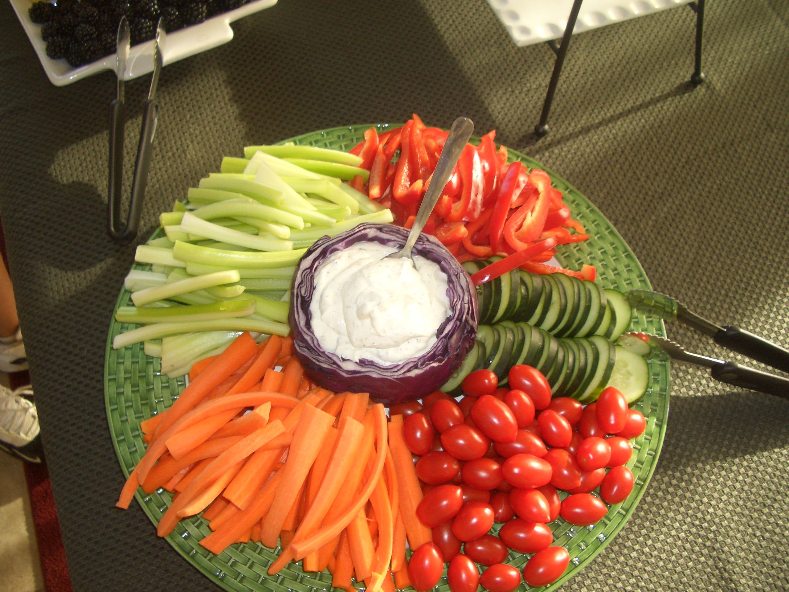"finger food party ideas. dig the purple cabbage dip ""container"