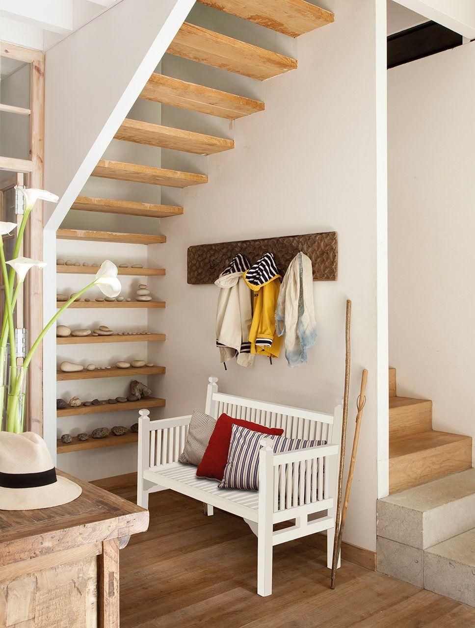 Pin de plan te d co en hallway en 2018 pinterest casas for Chimenea bajo escalera