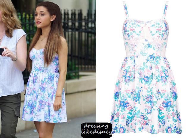 88f9e9e0728a Ariana Grande i en söt, blommig klänning! | OUTFITS | Klänningar
