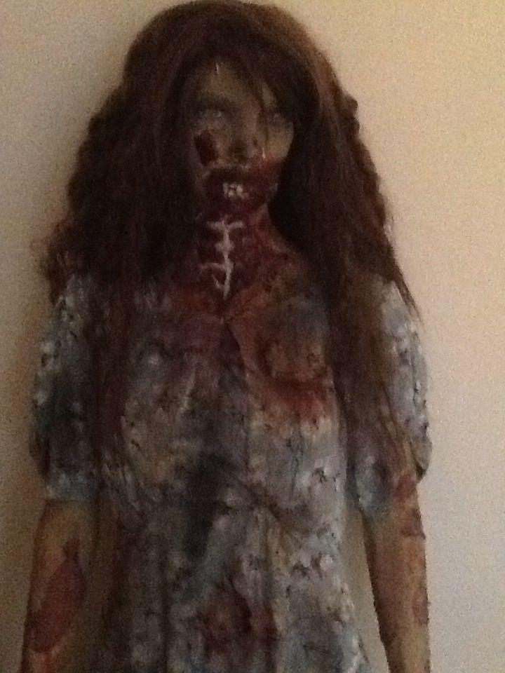 Walking dead zombie.