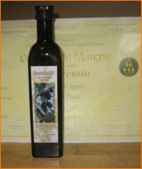 Olio extra vergine di oliva olio tipico delle Marche azienda agricola I Tre Filari