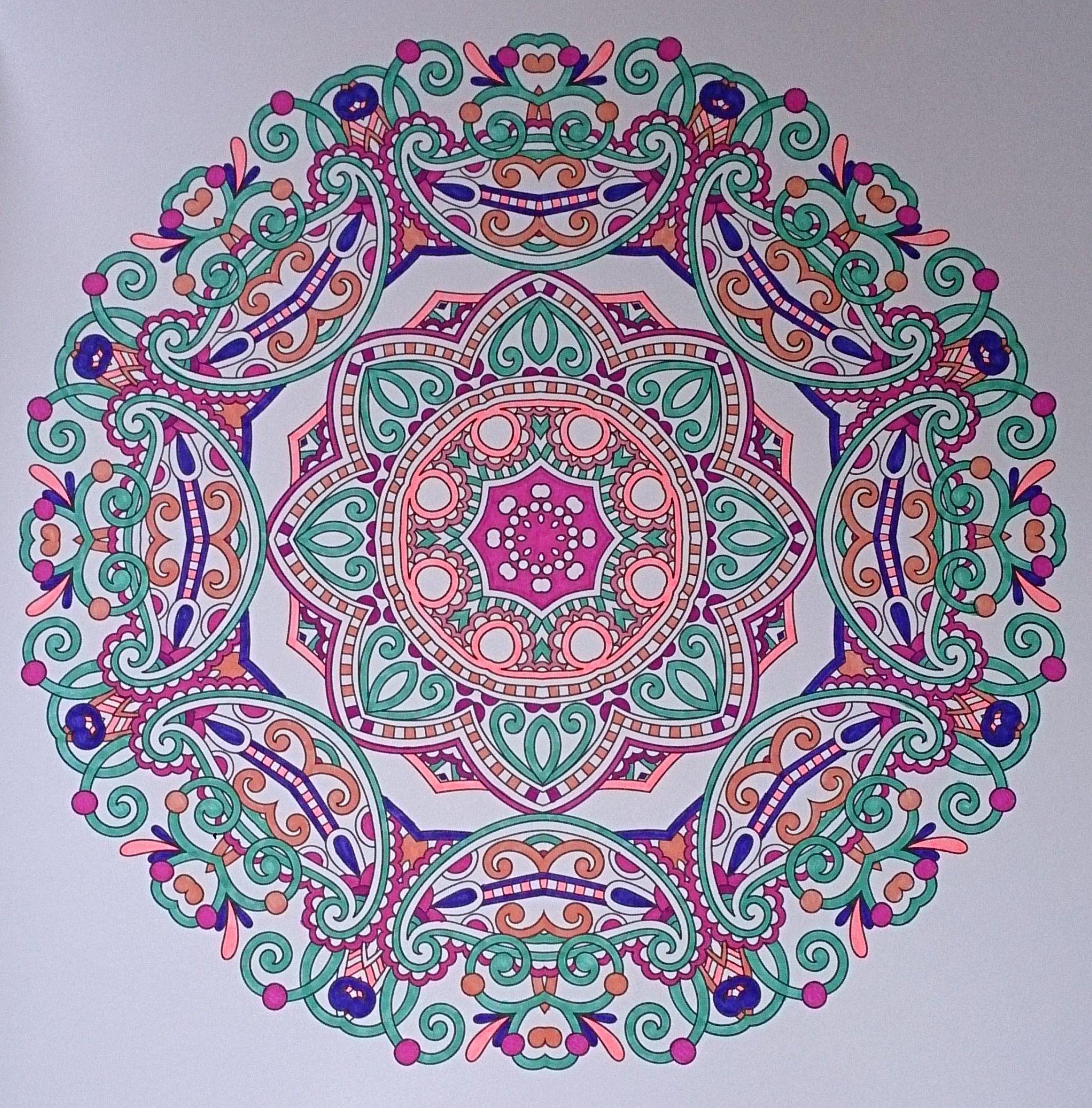 Ingekleurd Met Stabilo 68 Uit Het Enige Echte Mandala Kleurboek Mandala Kleurplaten Kleurboek Mandala