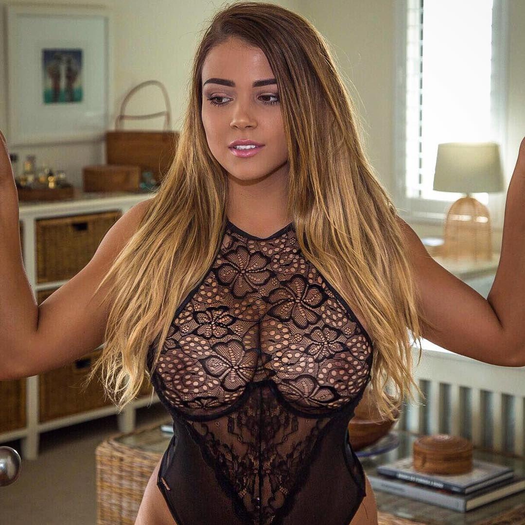 Fuck Jem Wolfie nudes (17 photos), Sexy, Sideboobs, Boobs, cleavage 2018