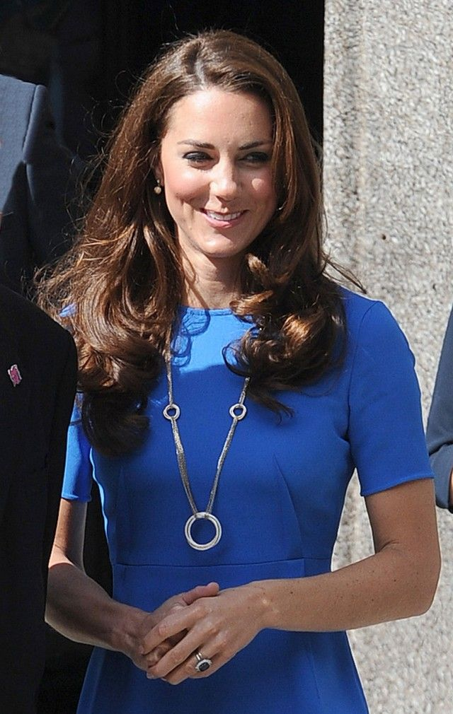 91caec6b2a7df Kate wearing Cartier necklace | Royal Family Fashion | Cartier ...