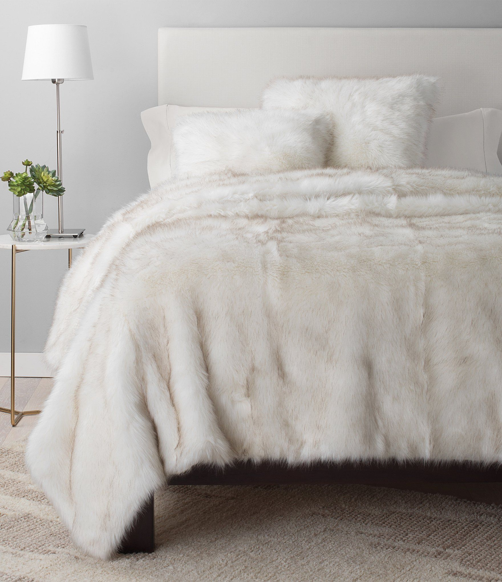 Ugg Blizzard Faux Fur Coverlet Dillards Comfortable Bedroom Fur Comforter Bedroom Bed Spreads