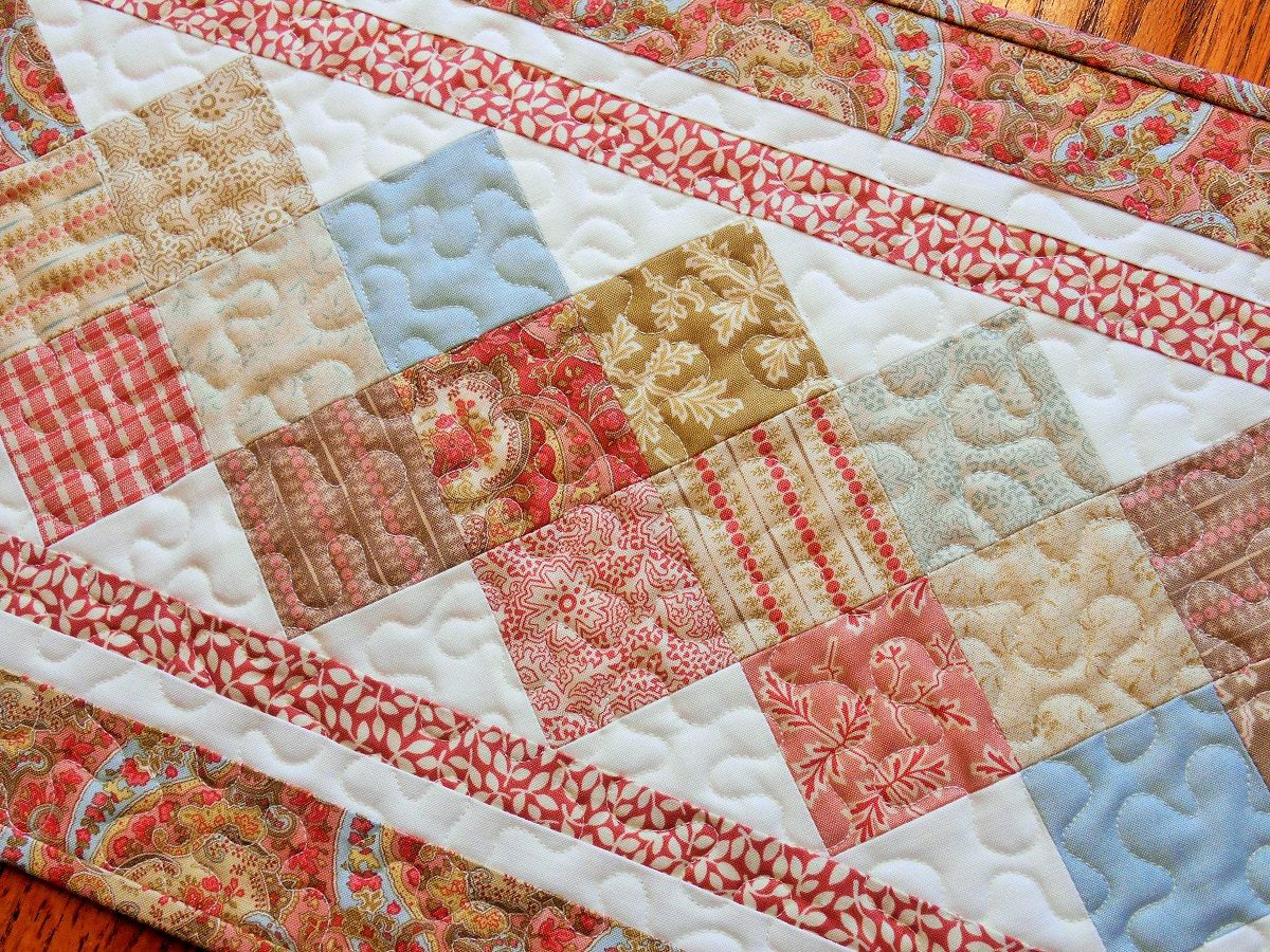 Quilted Table Runner In Modau0027s Autumn Lily   Narrow Table Runner   Red  Taupe And Blue