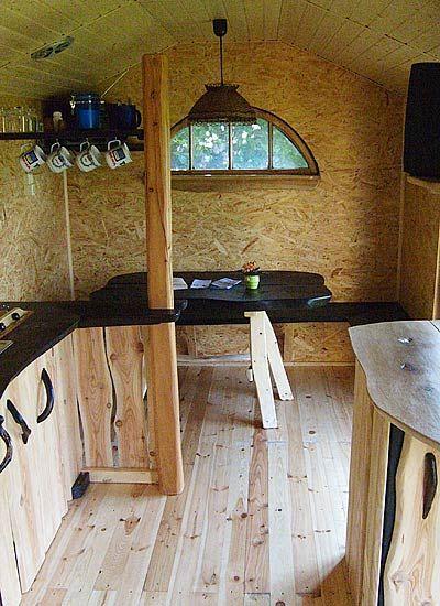 um und ausbau von bauwagen wohnwagen in 2019. Black Bedroom Furniture Sets. Home Design Ideas