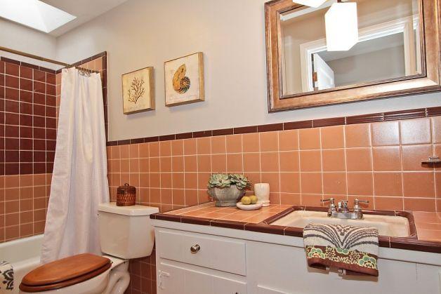Elegant English Country Home In Atherton Peach Bathroom Brown Tiles Retro Bathrooms