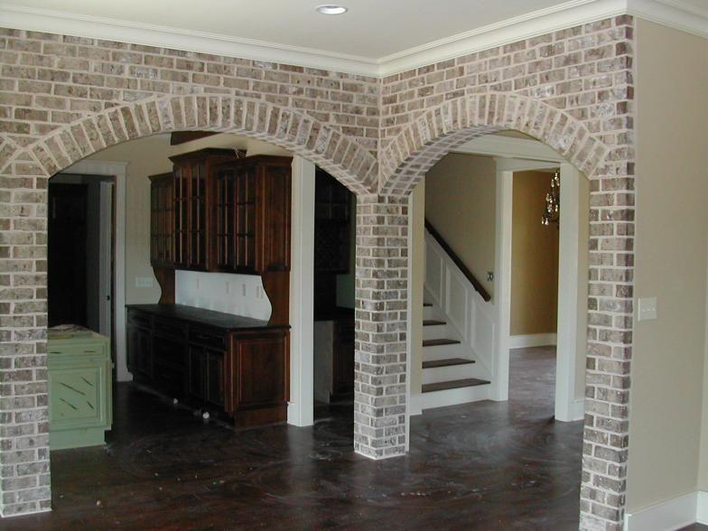 Georgia Classic Collection Mosstown With White Mortar Brick Farmhouse Exterior Brick Brick Archway
