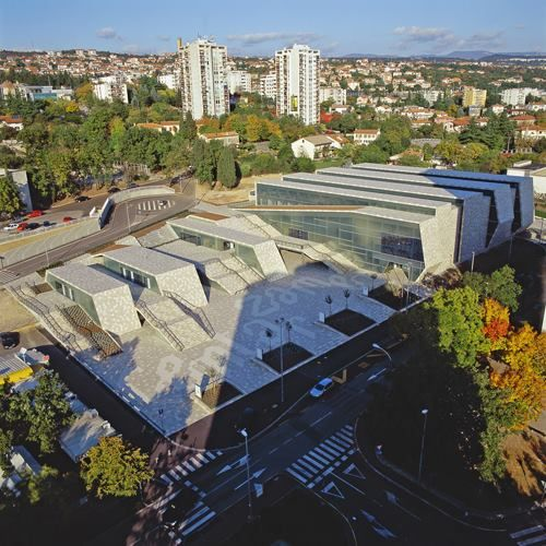 The Zagreb Based 3lhd Architects Realised The Zamet Centre In Rijeka In The North Of Croatia The 16830 M2 Complex Hosts Vari Church Architecture Rijeka Facade