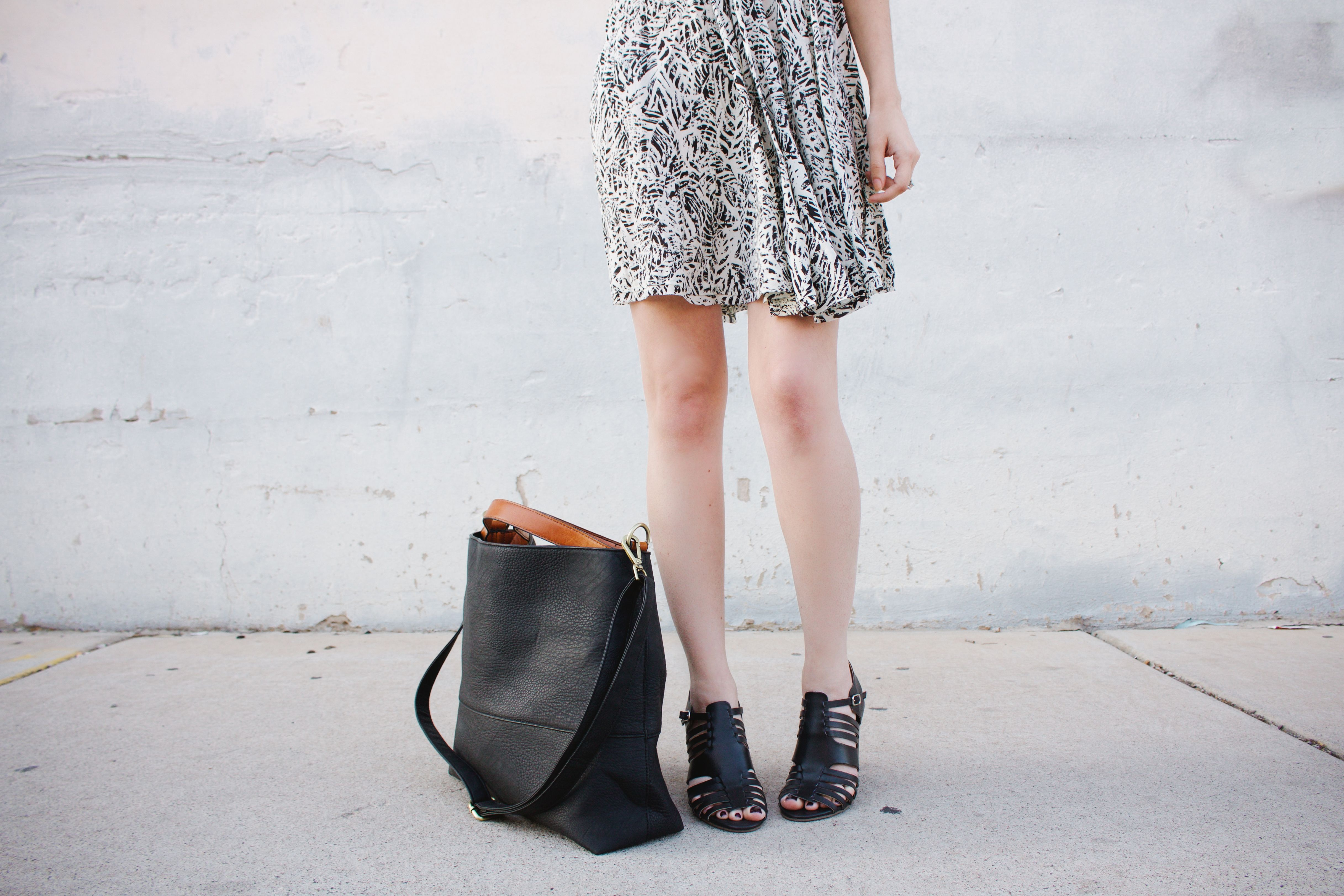 New Darlings + Urban Outfitters: Tote Giveaway