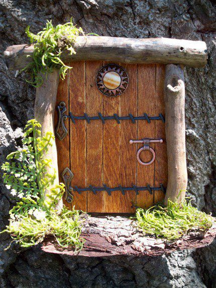 Pin by gloria horner on places for the fairies to live for Miniature fairy garden doors
