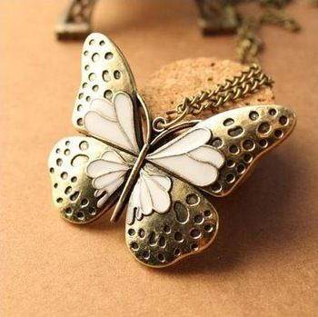 0.12 euro excl shipping Free to send 5 dollars coupon!   Fashion royal oil cutout butterfly necklaces & pendants men jewelry statement necklace A0089