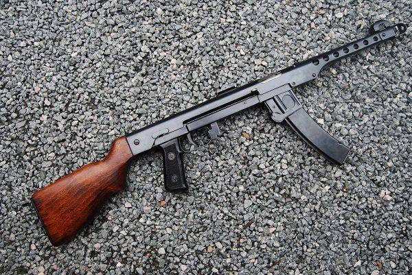 Gun-Gallery — PPS 43/52 - 7 62x25mm | Ballistic & Bladed | Guns