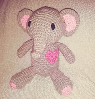 Elephant with a heart pattern by MoonlitShop Patterns #crochetelephantpattern
