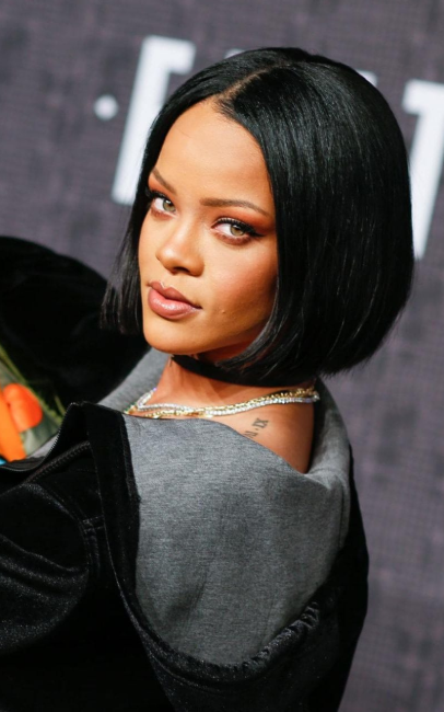 Rihanna 2020 New Hairstyle New Hairstyle New Haircut New Color In 2020 Rihanna Hairstyles Hairstyle New Hair