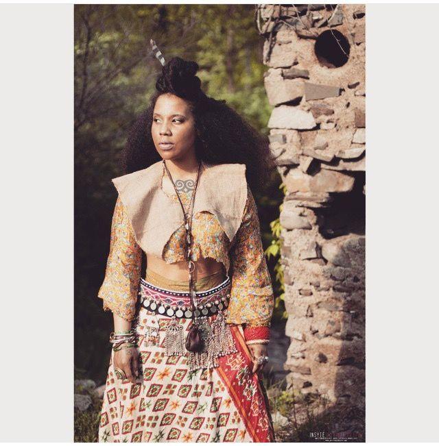 Robertahhood Textures Afro Bohemian Style Top Knot Bun Half Up