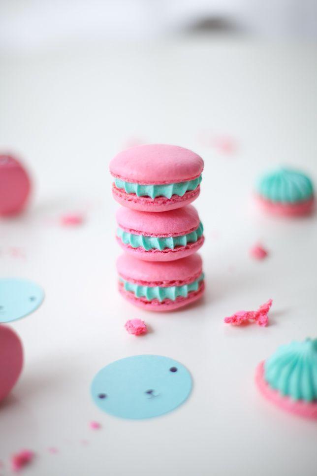 Pink Blue Macarons Je T Aime Coco Cake Land Cake Tutorials Cake Recipes Cake Blog Cakes Vancouver Blue Macarons Cake Land Pink Macaroons