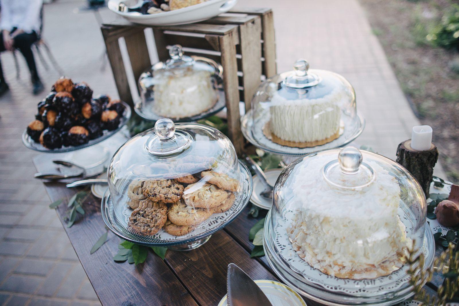 Dessert display with glass cake stand domes cake stand