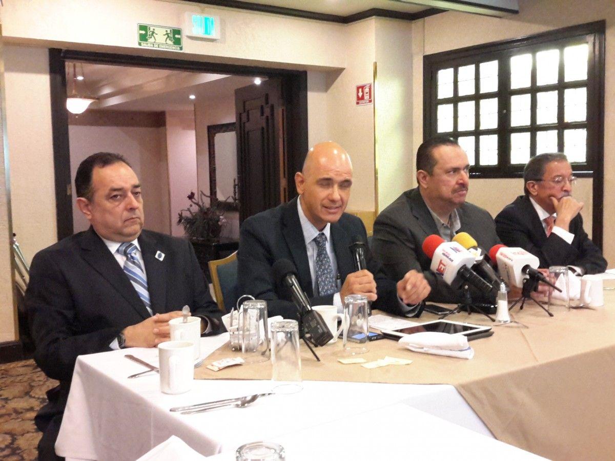 Ernesto Derbez, Jordy Herrera y Jeffrey Hayzlett entre los ponentes del IEM 2016…