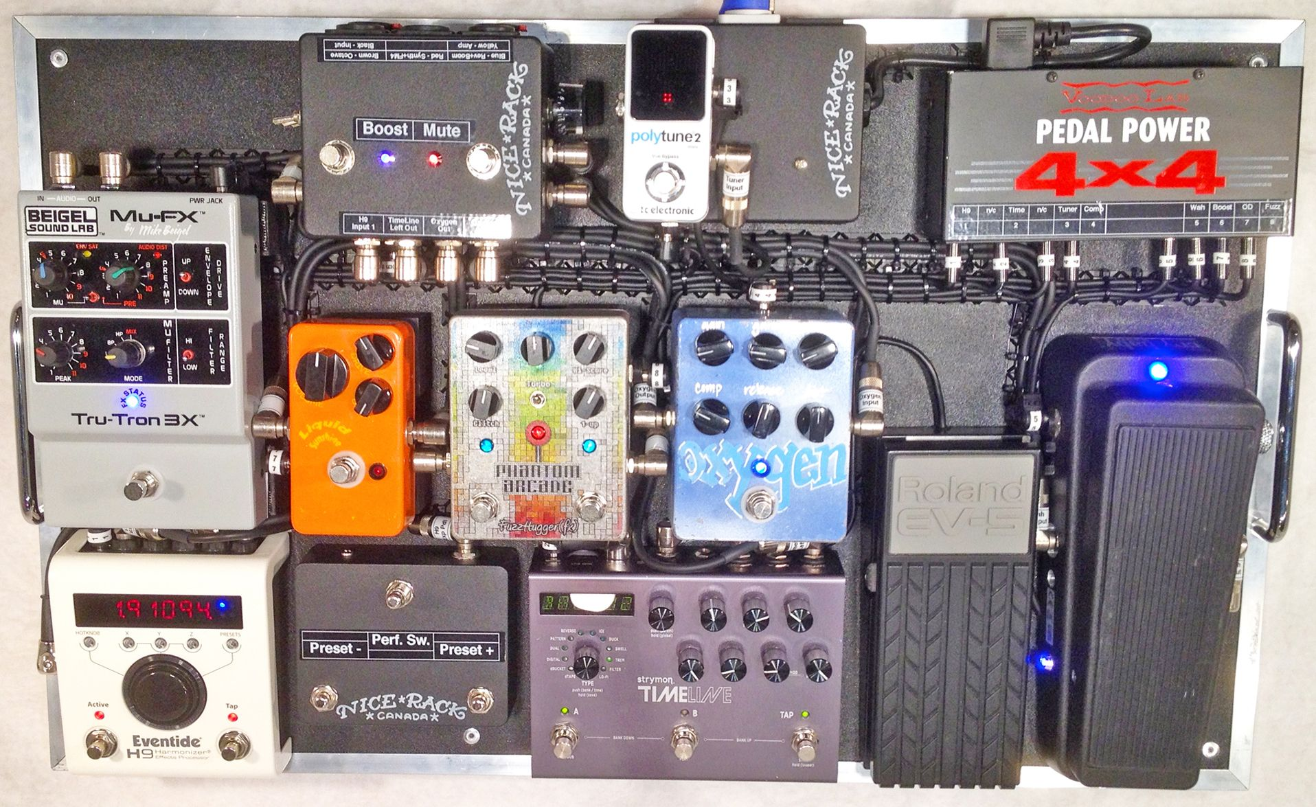"""""""Synth"""" Board from Double Pedalboard system built for Chameleon Project guitarist Josh Laing Design & Fabrication by"""