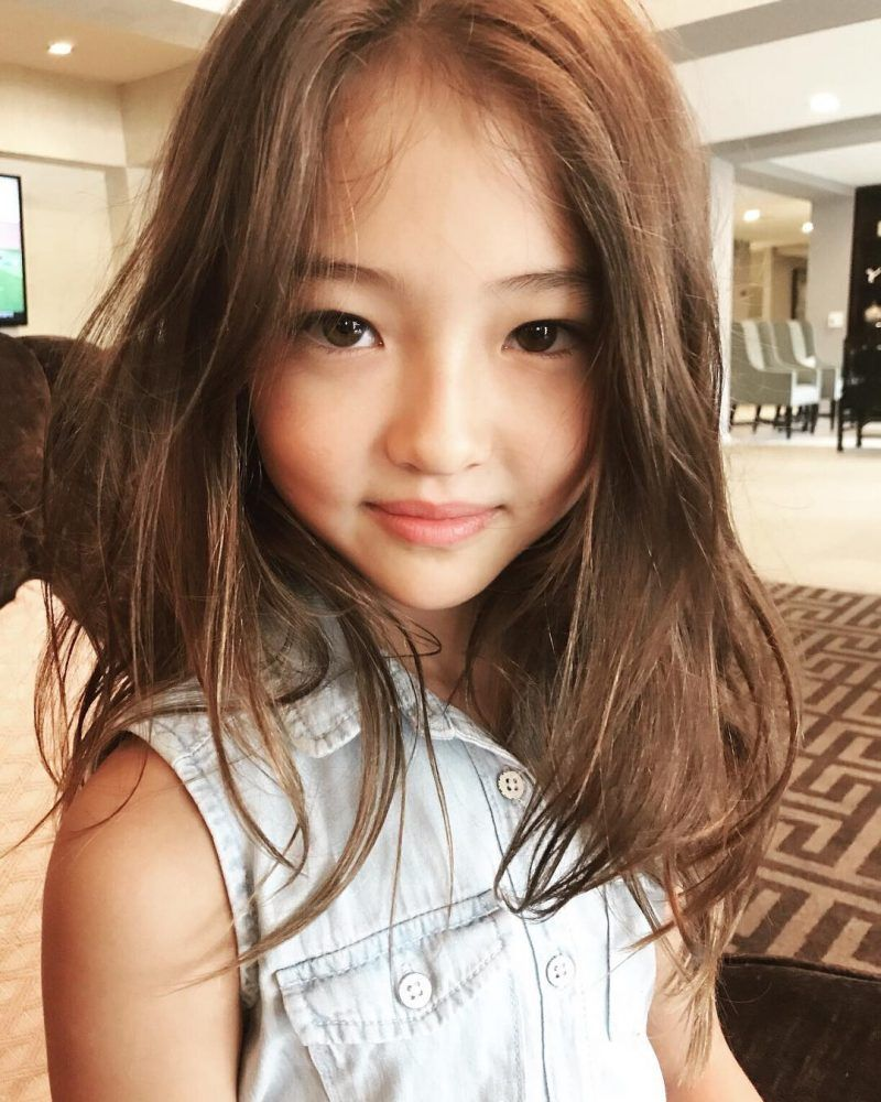 This beautiful yearold girl is blowing koreans away with her