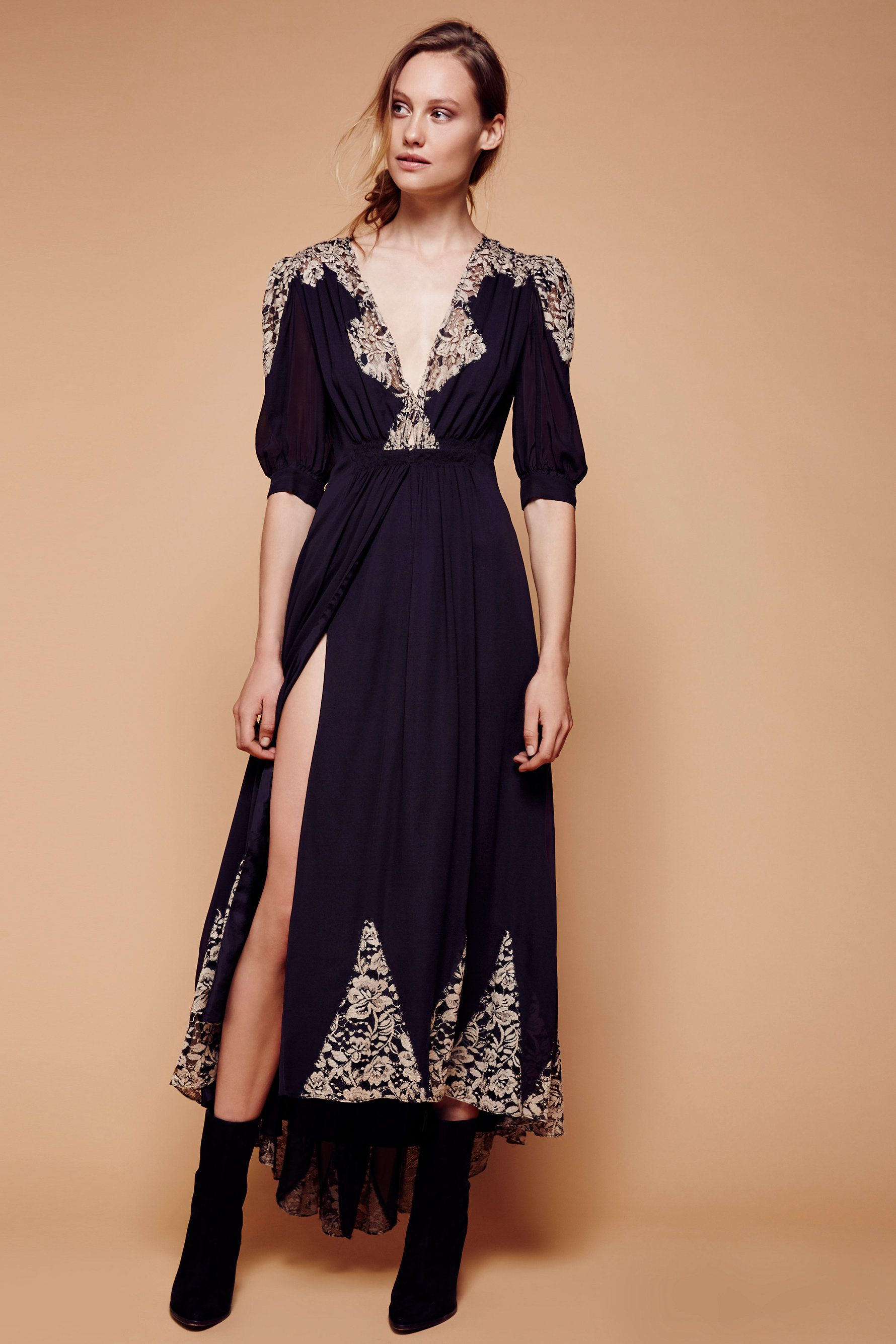 Antique lace wrap gown see above for the nightcap size chart to