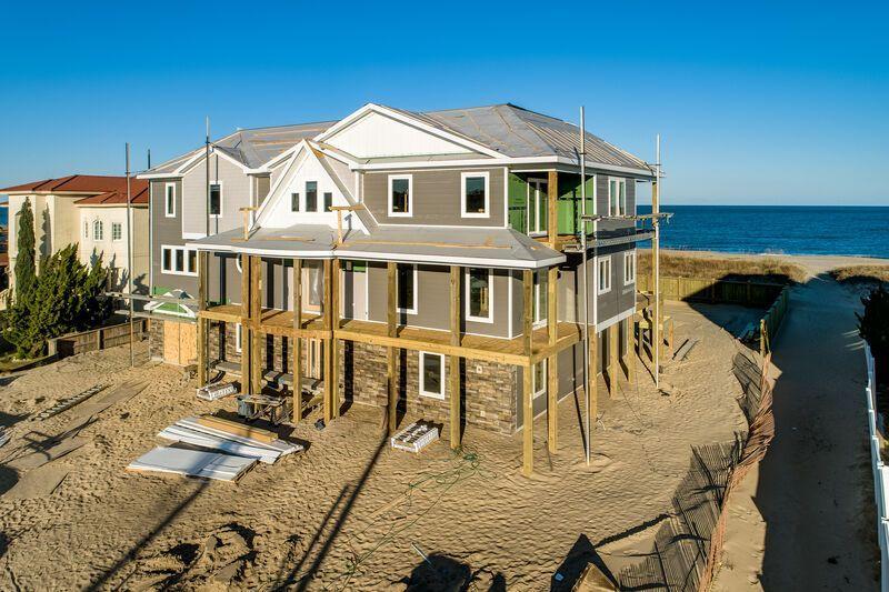 A Crown Jewel 10 Bedrooms 9 3 Bathrooms Oceanfront Indoor And Outdoor Private Pool Rates Oceanfront Rentals Vacation Rental Virginia Beach Oceanfront