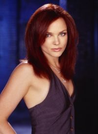 short haircuts for redheads dina meyer more dina 2889 | 744dae7c7328b65173e2889d5038198c