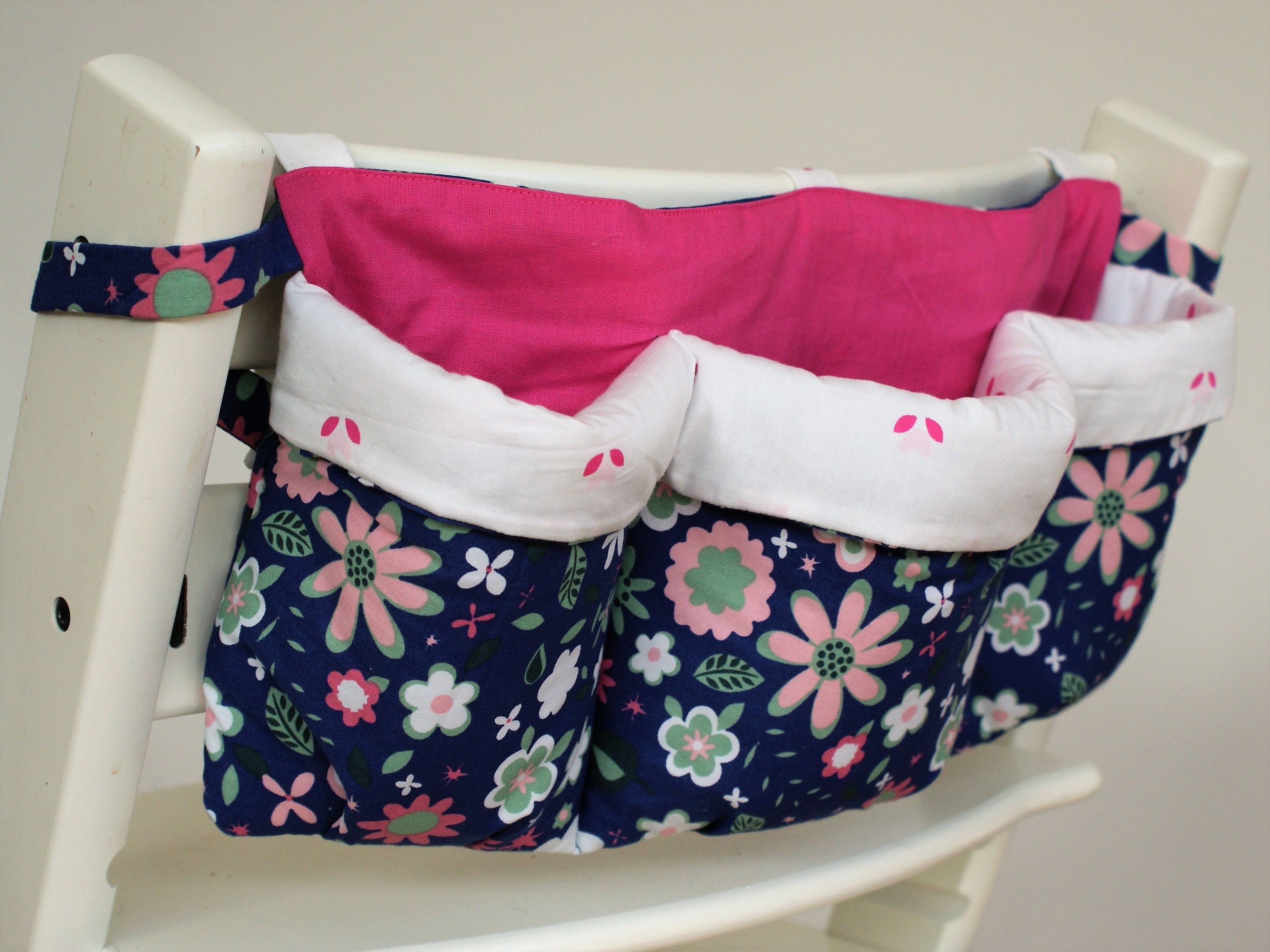 utensilo f r hochstuhl n hen stricken n hen n hen baby und utensilo n hen. Black Bedroom Furniture Sets. Home Design Ideas
