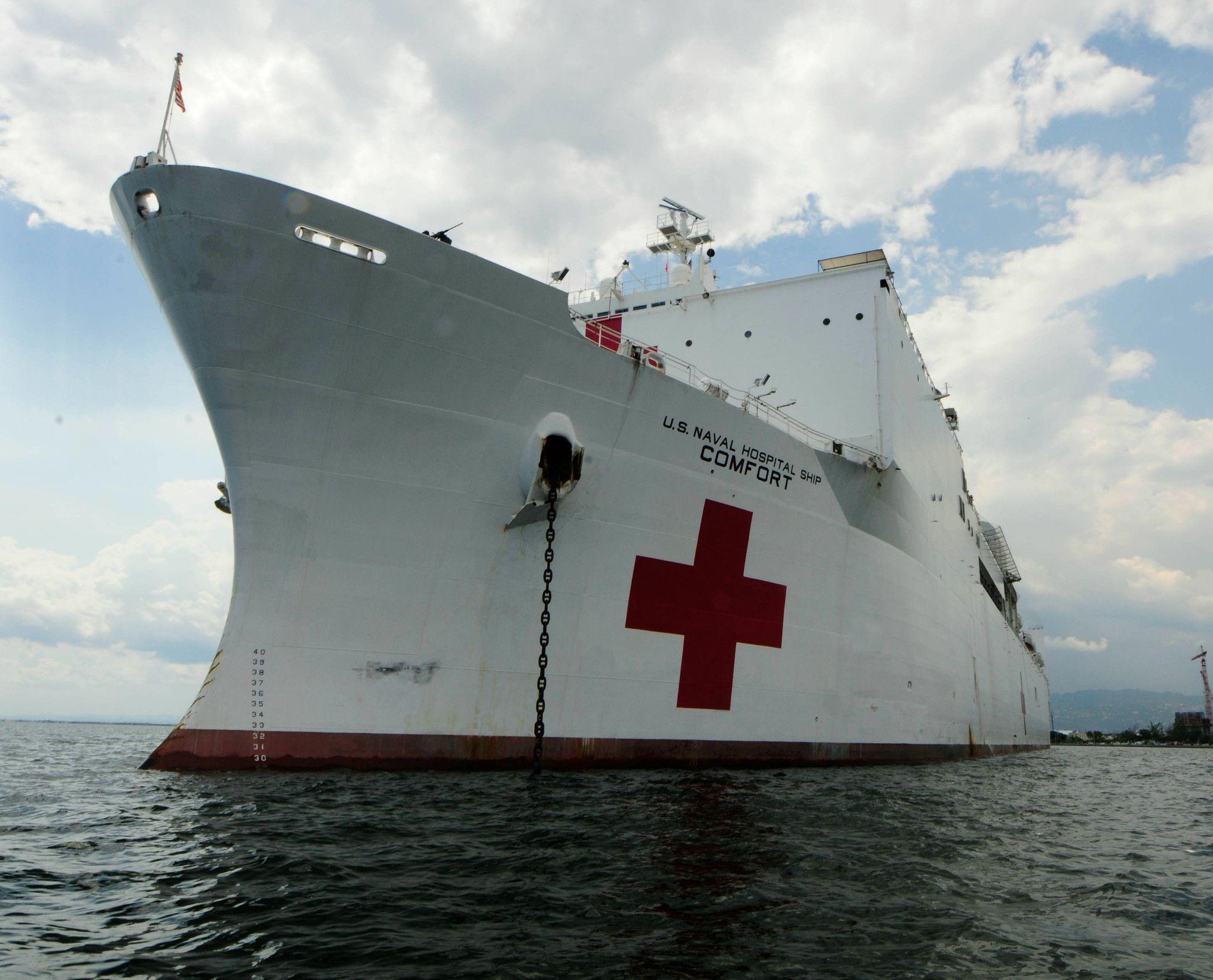 Military Sealift Command Hospital Ship Usns Comfort T Ah 20 Kingston Jamaica April 13 2011 8 X 10 Photograph Fine Art Photo Prints Hospital Photographic Print
