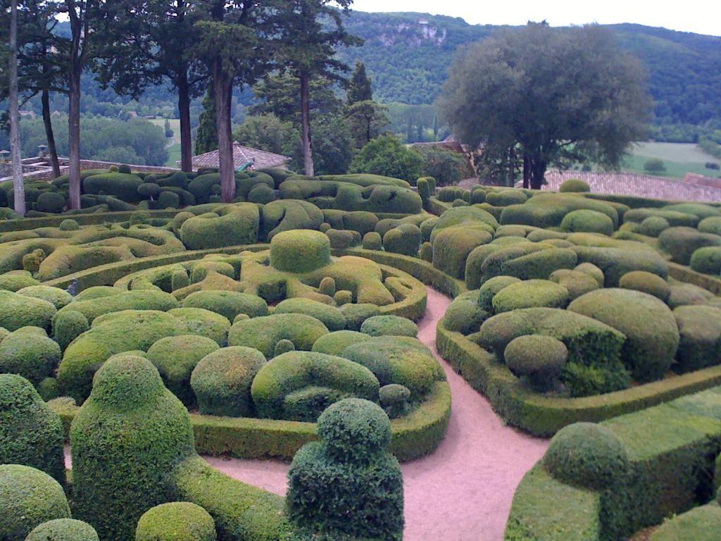 Château de Marqueyssac (garden à la française), Vézac, Dordogne, France