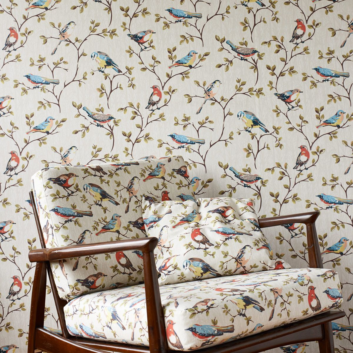 Exceptionnel Garden Birds Wallpaper Home Decor Ton Sur Ton   Gentsome Magazine