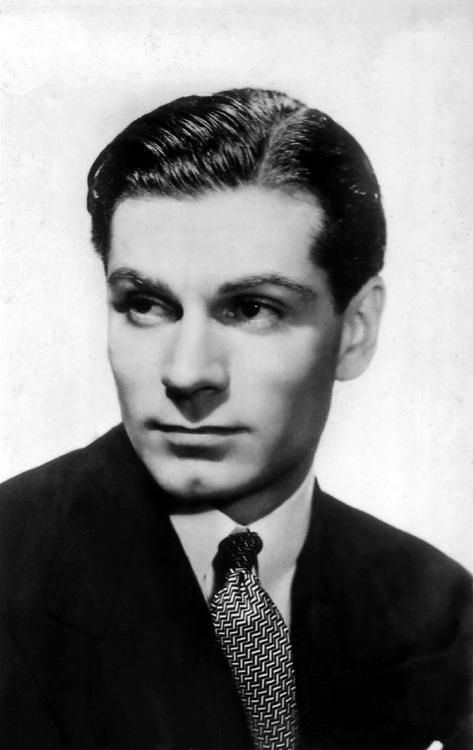 Image result for young  laurence olivier