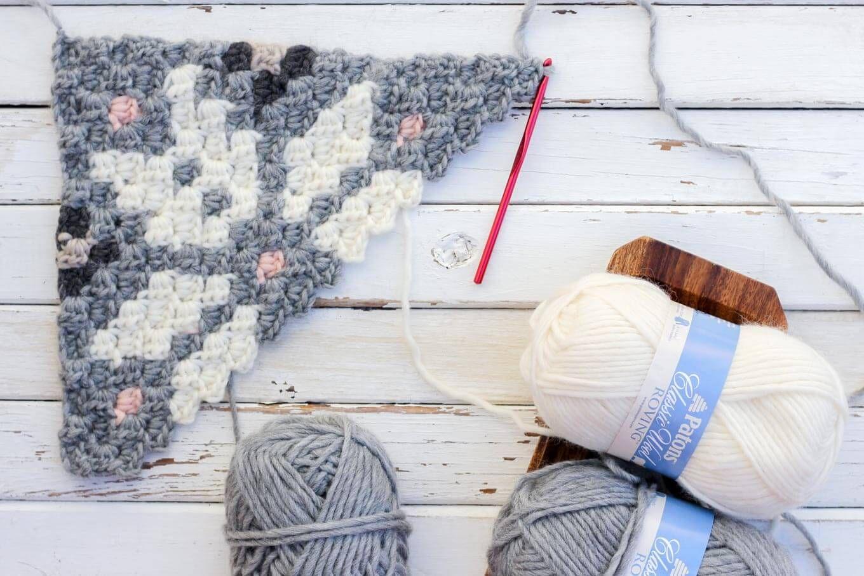 Free Nordic Crochet Super Scarf Pattern | Bordado y Flor