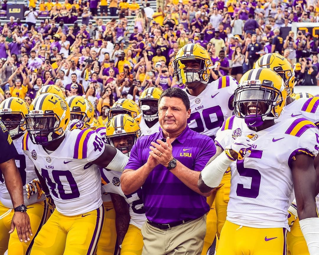 And Here Come Your Fighting Tigers Of Lsu Geauxtigers Lsu Football Lsu Lsu Tigers Football