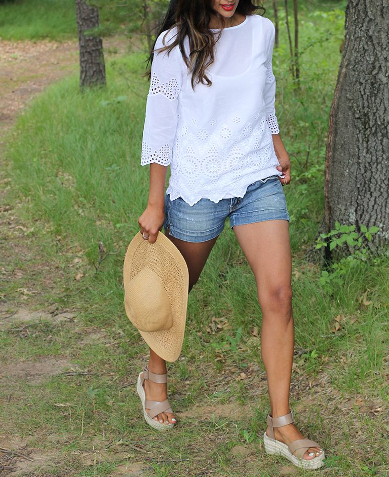 Summer at the cabin style with Tommy Bahama