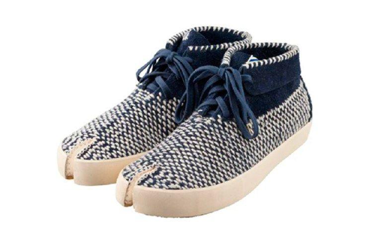 8531814d0b2d6 visvim Is Bringing Back the Tabi Sashiko-Folk Split-Toe Shoe ...